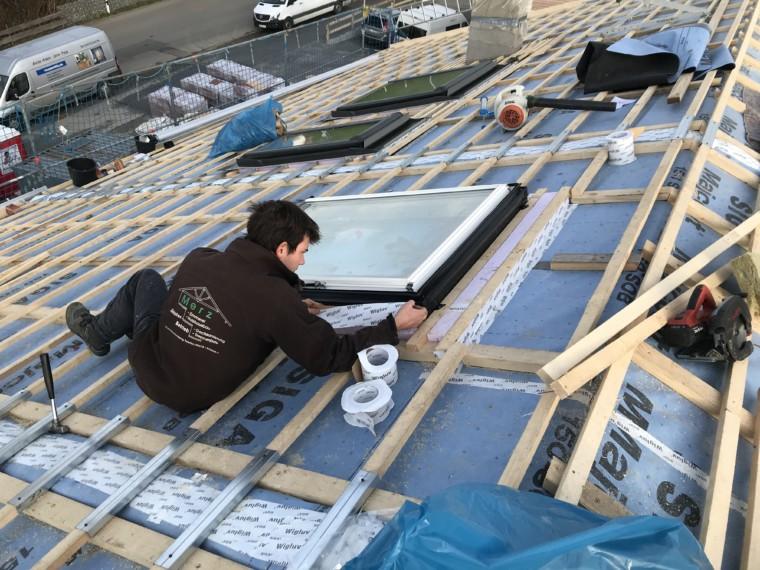 Wir fertigen für Sie Dachstühle, Dachgauben, Dachfenster.