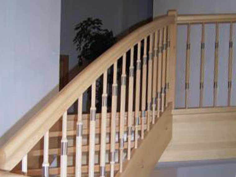 Holztreppen und individuelle Treppenkonstruktionen